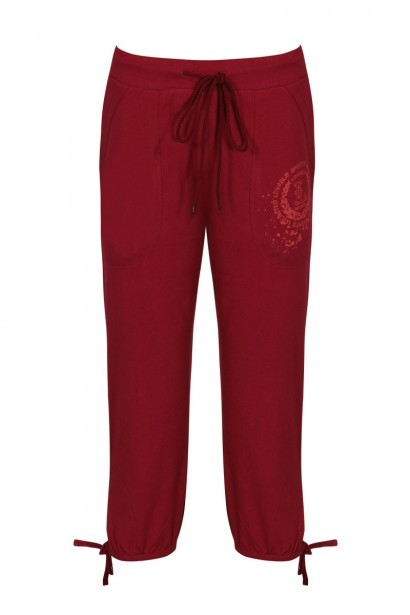 Lovable Pure Cotton Capri with Side Scoop Pockets-Red