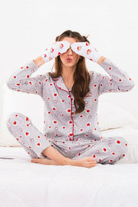 Zivame Love Bugs Top N Pyjama Set Grey N Print