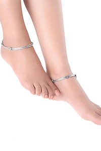 Buy Yellow Chimes Traditional German Silver Oxidized 2 Pc Payal Ethnic Payal Anklets