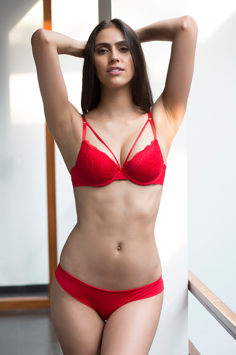 c31ab835b1 Buy Zivame Laser Wings Demi Bra with Thong Panty- Red at Rs.1290 ...