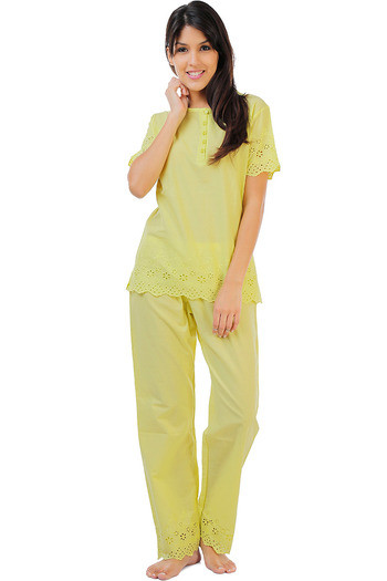 Buy Zivame Dreamwear Fine Cotton Short Sleeve Top And Pyjama Set With  Hakoba Lace-Lime at Rs.1397 online  22d6e4c5d