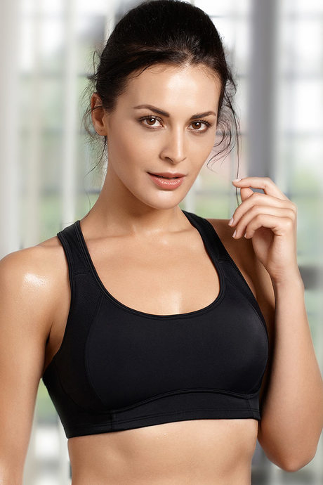 Buy Zivame Z Gravity High Impact Running Bra With Vega Cup - Black ... c7b6b76a3eaf