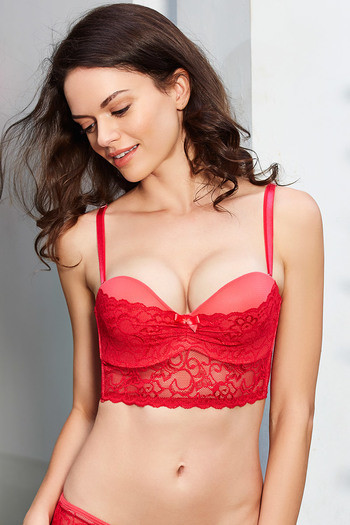 model image of Zivame Lace Embrace Strapless Long Line Push Up Bra- Red