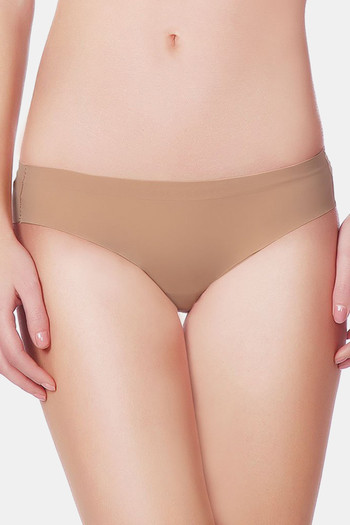 model image of Amante Low Rise 3/4th Coverage Cotton Gusset Vanish Seamless Hipster Panty - Beige