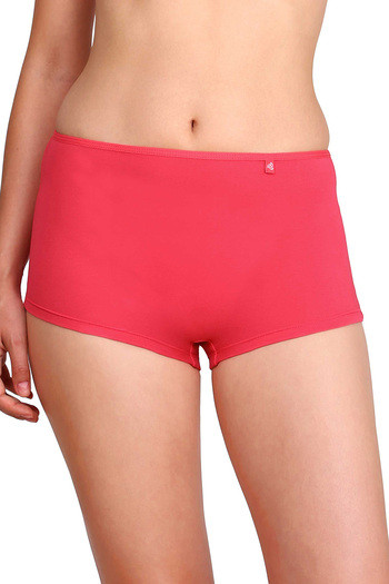 model image of Jockey Low Rise Boyshort Panty- Ruby