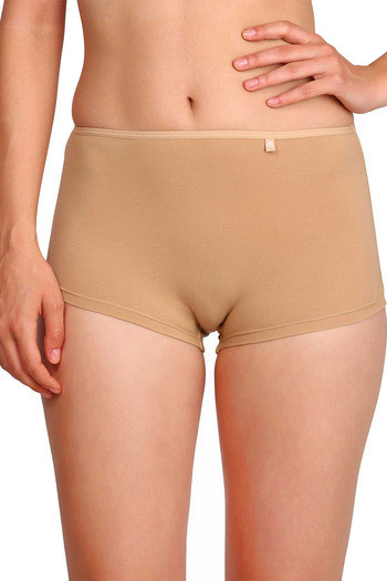 model image of Jockey Low Rise Boyshort Panty- Skin