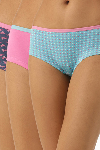 model image of Leading Lady Cotton Mid-Rise Floral Boy Shorts - Skyblue Pink Navyblue Pack Of 3