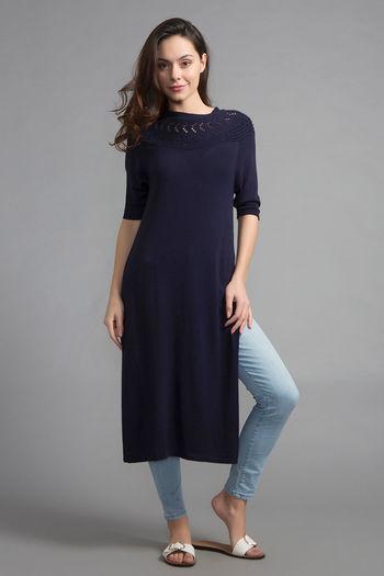 model image of Zivame LongSlit Knitted Top- NightBlue