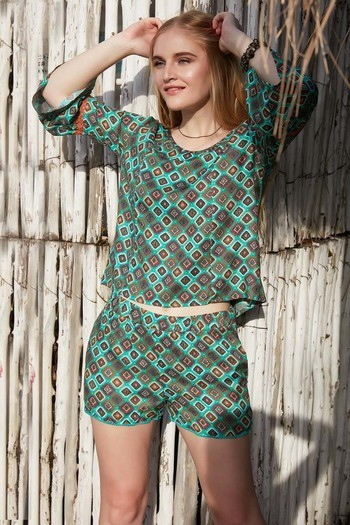 Zephyr Printed Boxy Top With Lace Detail- Teal Carpet