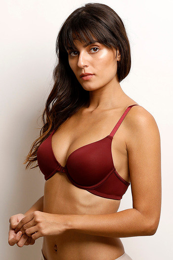 66c5b9cc20774 Buy Zivame Moroccan Lace Pretty Back- Maroon at Rs.837 online