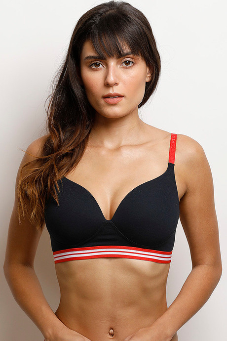 5fd0febe843 Buy Zivame Sporty Twist Padded Wirefree T-shirt Bra - Black at Rs ...