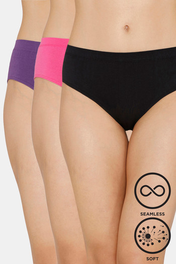 Zivame  Pack of 3  Super Soft Hipster Mid Rise Panty   Black Rose Palace