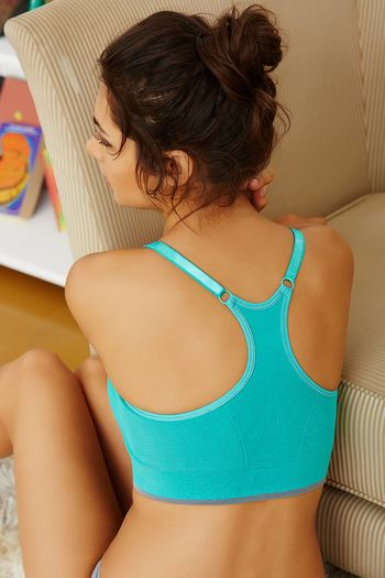 model image of Zivame At Home Stretch-to-Fit Cotton Racerback Bra- Green